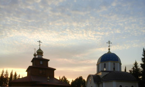 Храм св. ап. Андрея Первозванного, храм св. блаж. Матроны Московской